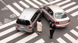 At the scene of a car crash, be practical and don't get panicky
