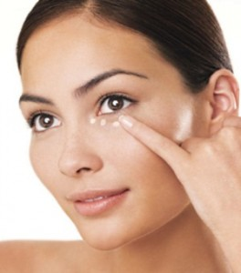 Concealer is used to cover and conceal the flaws and make the skin look more even