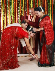 Get in the good books of your in-laws and take their blessings on your first Diwali after marriage