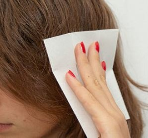 Dryer sheets are super effective in taking care of hair static