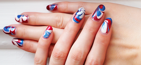 Deck Up Your Nails With Quick And Easy Water Marble Nail Art The