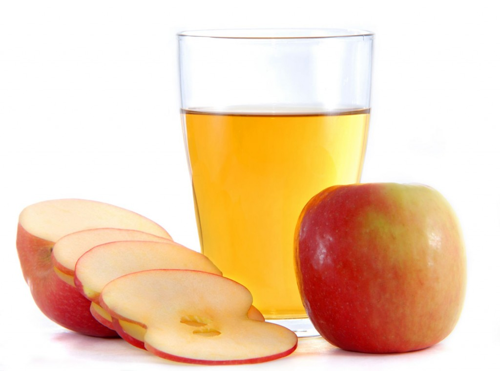 The acidity in Apple cider vinegar can get rid of a mole quickly
