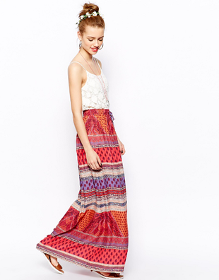Bohemian skirts can camoflage your narrow hips and give you some curves