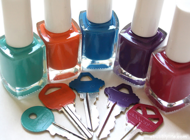 Nail polished keys will help you remember which key belongs to which door, household hacks of nail polish,