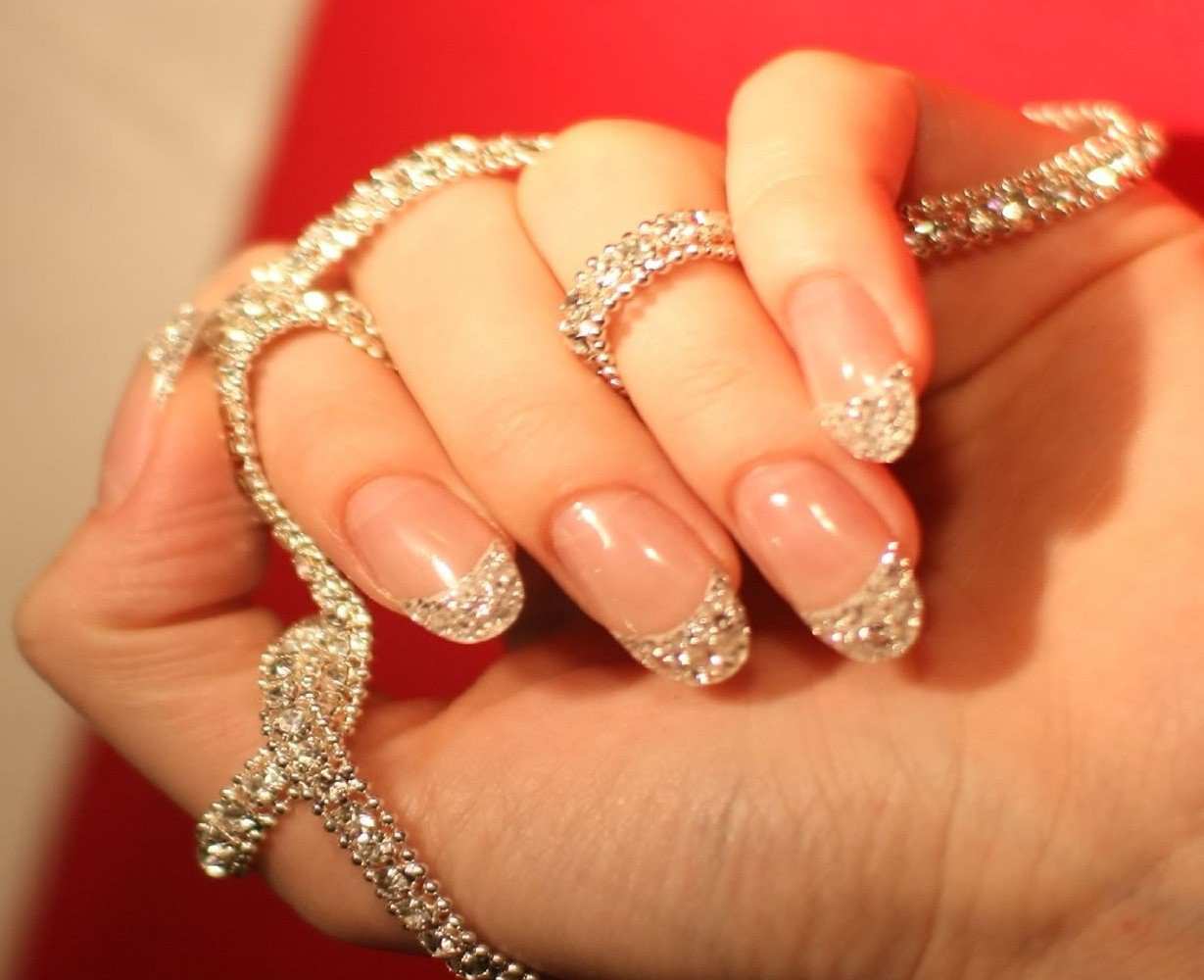 Easy And Effective Ways To Stop Biting Your Nails The