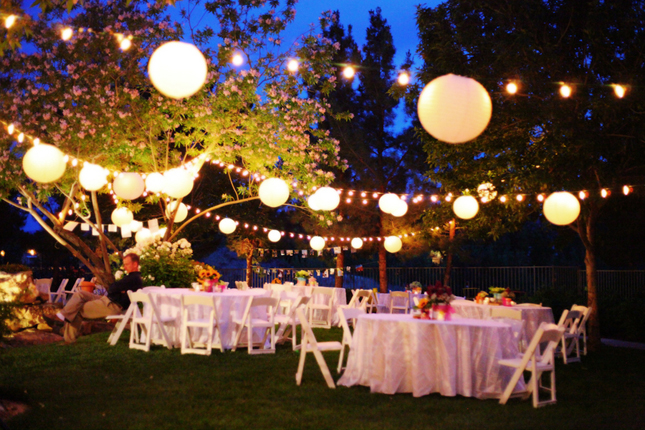 Nothing's better than a backyard wedding!