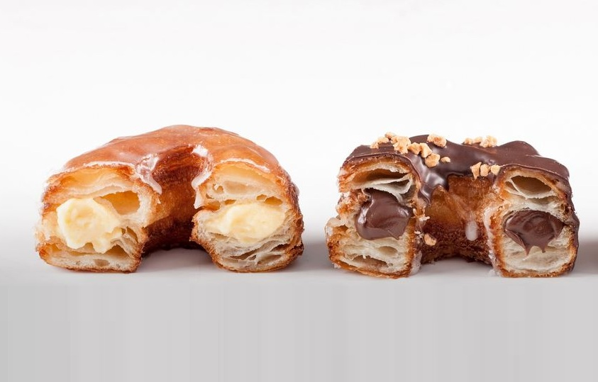combination of croissants and doughnuts, Cronuts, Hybrid foods,