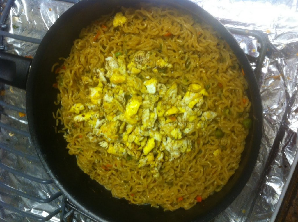 Egg Maggi in a pan