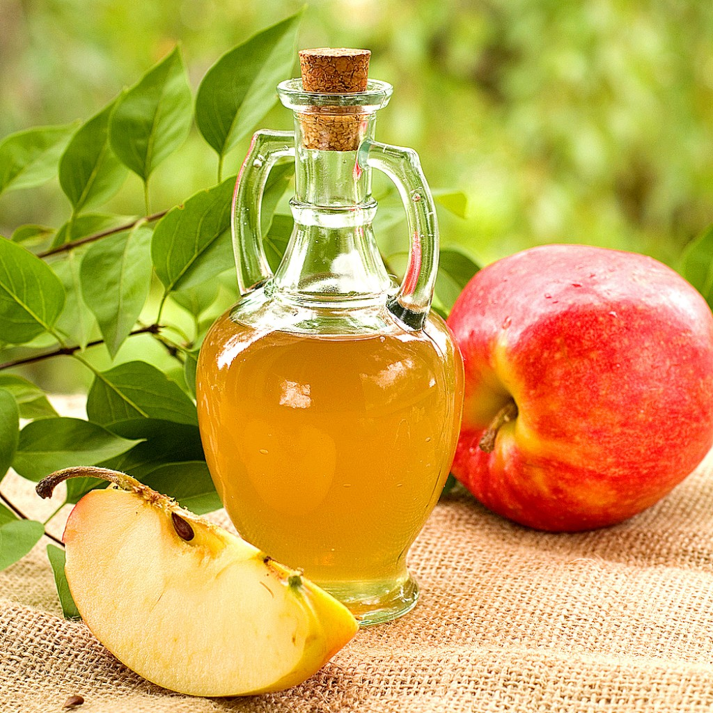 Apple Cider Vinegar, home remedies to get rid of moles