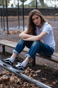5 reasons why dating a tomboy is the best the brunette diaries