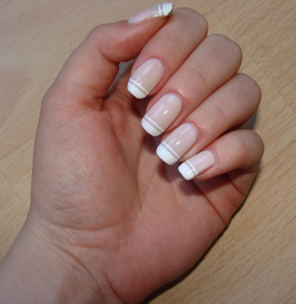 10 Amazing Must-Try French Manicure Twists