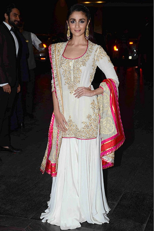 4a23877648 What To Wear To A Wedding Apart From Sarees And Anarkalis
