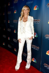 Heidi Klum rocks the pant suit look