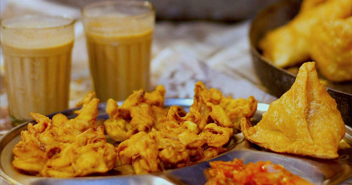 Top 7 Delicious Snacks People Crave The Most During Monsoon Season